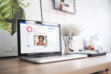 selfie-box partage par facebook